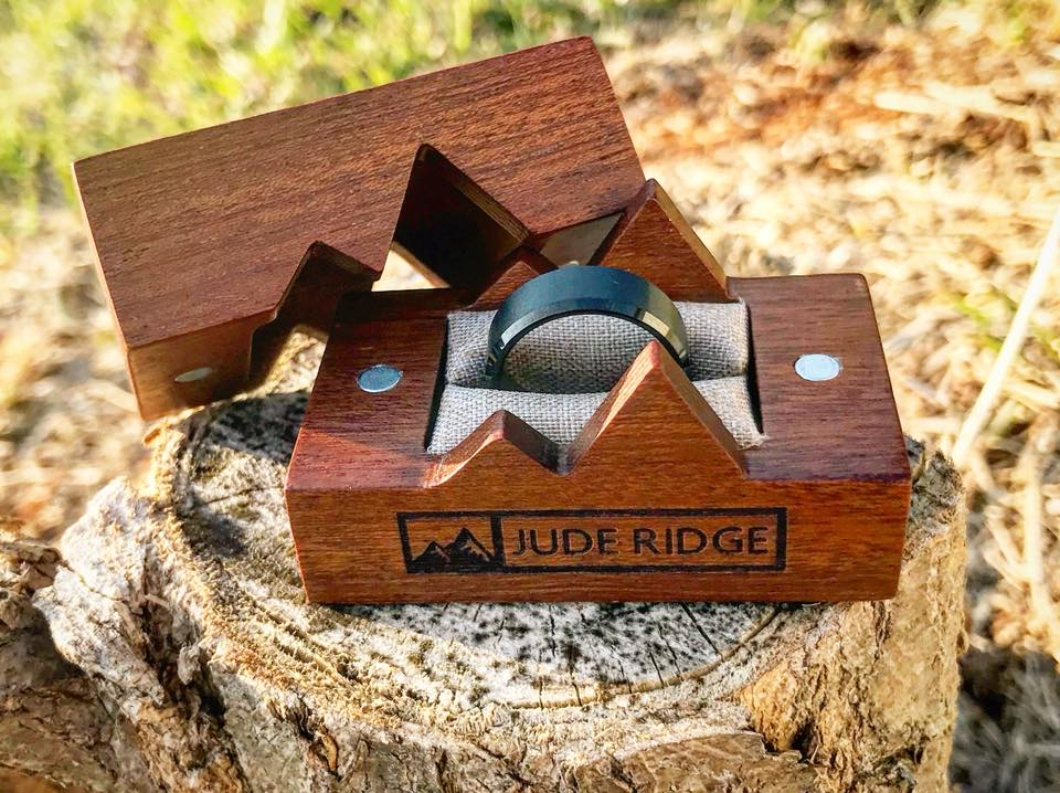 Jude Ridge - Premium Tungsten Wedding Rings - Premium Wood Boxes