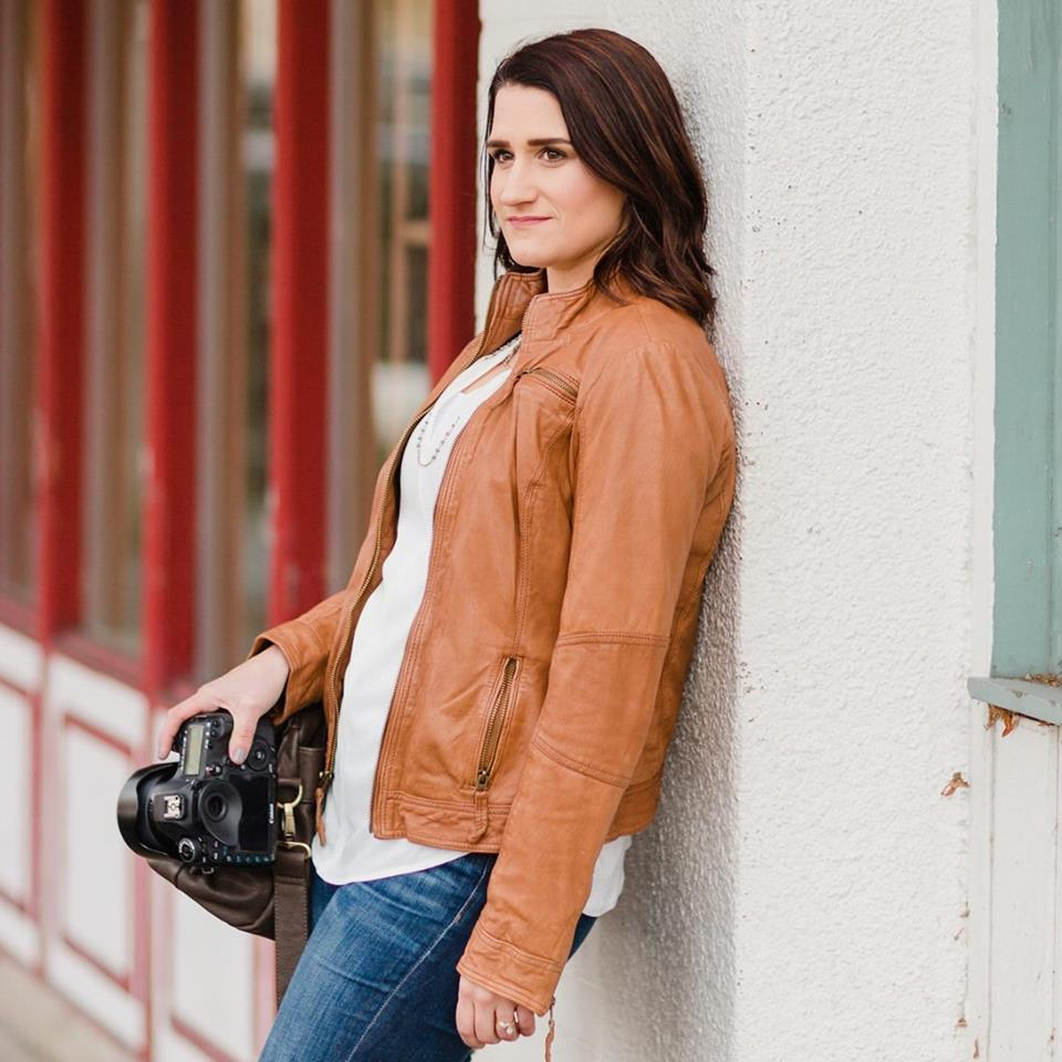 Courtney Bowlden - Top 10 Engagement And Wedding Photographers In Washington