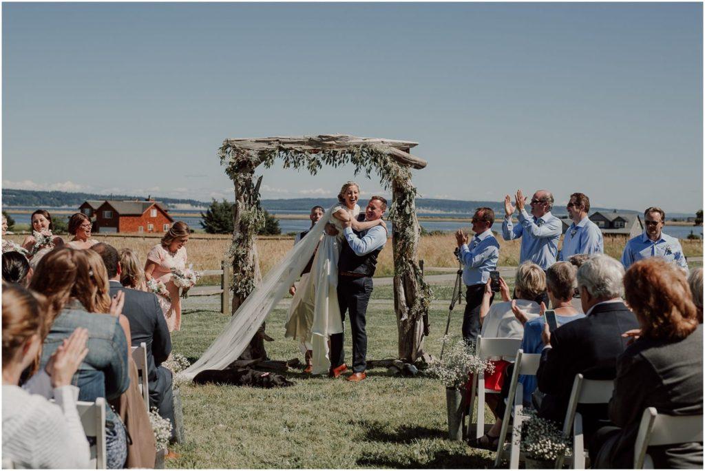 Top 10 Engagement And Wedding Photographers In Washington