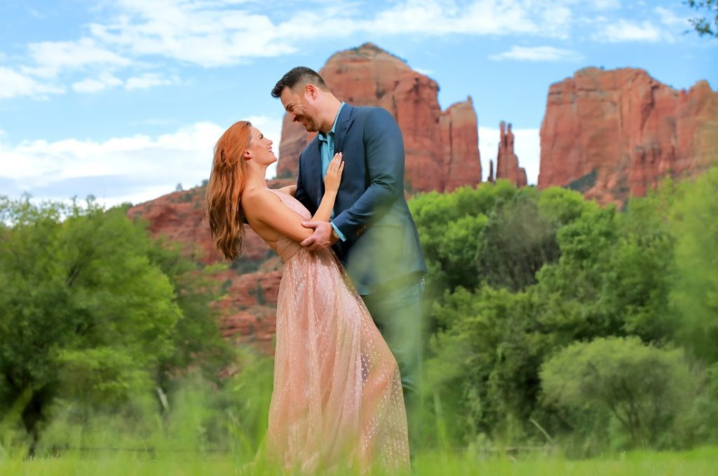 Top 10 Engagement And Wedding Photographers In Arizona - Reign Photography