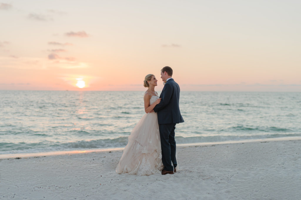 Sunglow Photography - Top 10 Engagement And Wedding Photographers - Florida